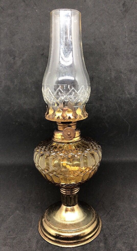 Vintage Small Oil Lamp Yellow And Brass Colored Made In Hong Kong Lamp Oil Lamps Lamp Light