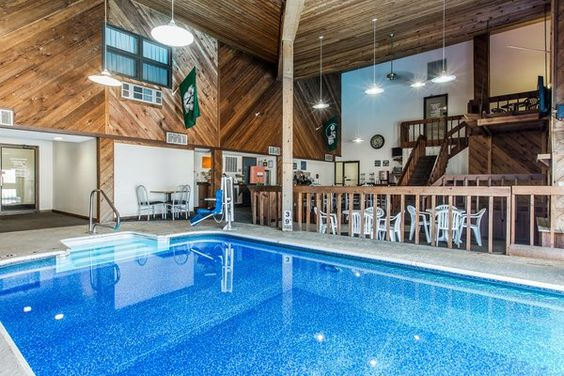Affordable Pet Friendly Hotel In Maryville Missouri Red Roof Inn Mo Stay With Pinterest And Hotels