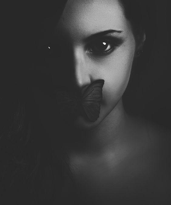 """Hommage"" Photographer: Victor Hamke / Model: Jane Doe"