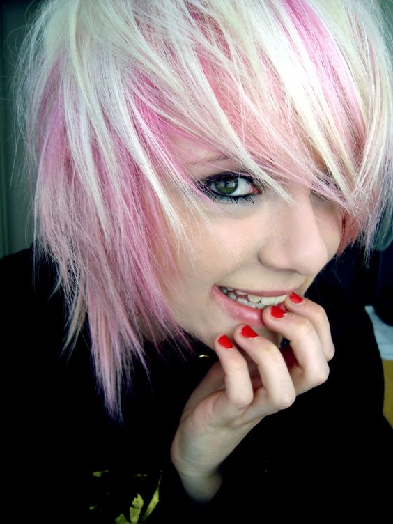 Short Hair Style Cute Pink And Blonde Hairstyles