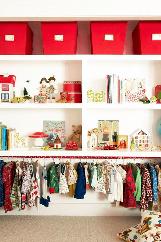 Inspiration and tips for creating a toddler friendly wardrobe | The Junior: