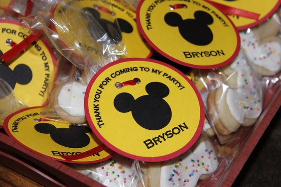 Mickey Mouse Favor Tags by LindseysPartyPantry on Etsy, $12.00