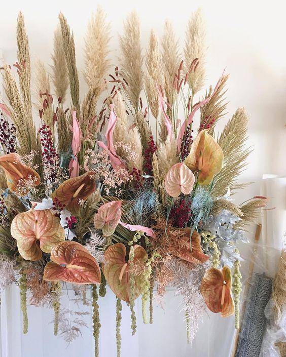 Shelena V Instagram Pastel Hued Pampas Gardens Made For Skinsmithsuk Theisleofyoudesign Dried Flower Arrangements Dried Flowers Flower Installation