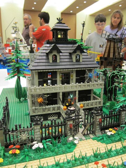 A really fun haunted house!