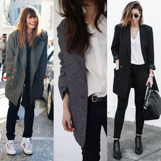 Looks femininos com peças masculinas: 1) Casaco esverdiado + calça skinny preta + tênis branco. 2) Camisa branca + blazer cinza + cinto preto com prata. 3) Blazer preto + camiseta branca + calça preta justa + biota de cano curto preta + bolsa de mão preta.