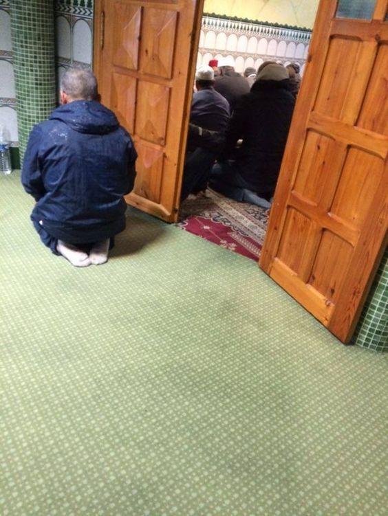 À La prière de la mosquée du Blanc-Mesnil, accusée d'embrigader les jeunes