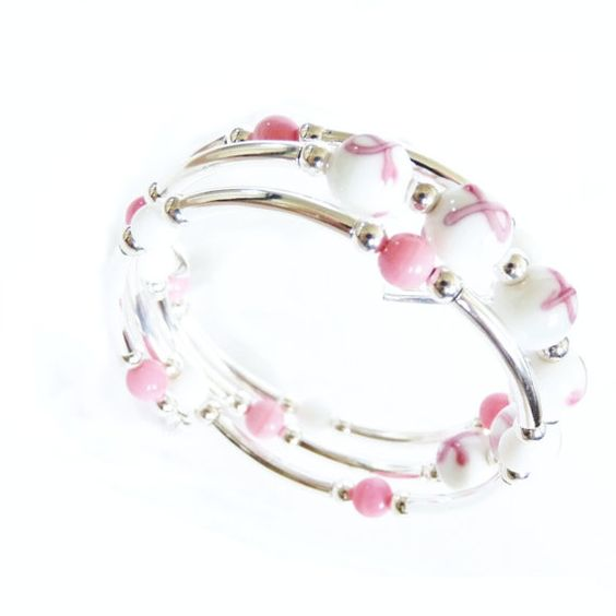 Breast cancer awareness bracelet Memory Wire with glass beads #breastcancer #pinkribbon