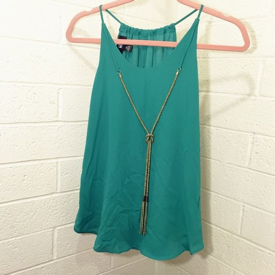 Cute top Polyester material very soft Iz Byer Tops