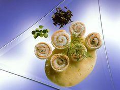 Fischröllchen ist ein Rezept mit frischen Zutaten aus der Kategorie Meerwasserfisch. Probieren Sie dieses und weitere Rezepte von EAT SMARTER!