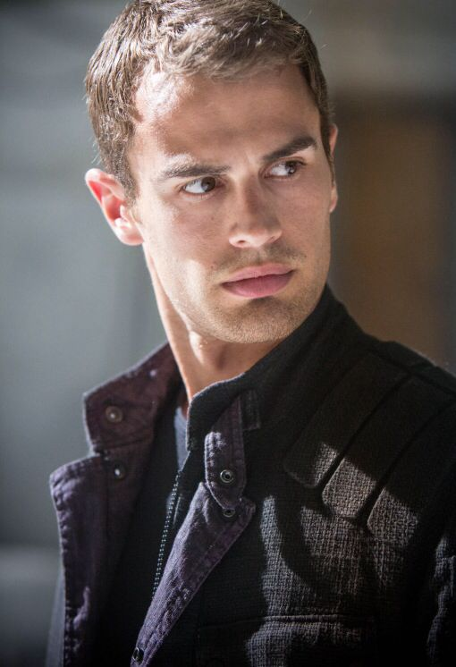 tobias eaton aka four of the divergent trilogy the one