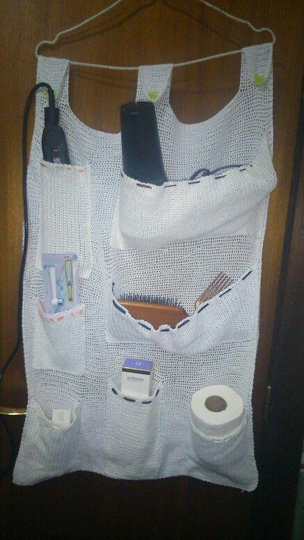 Organizador De Baño A Crochet:Organizador para cuarto de baño, aunque tambien puede servir para