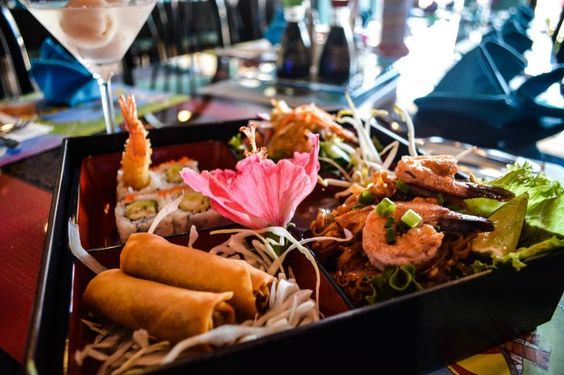 Brilliant 5 star Asian fusion Restaurant and Sushi House in Dunedin FL