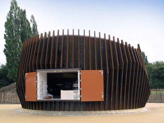 S & P Architects designed the Scunthorpe Pavilion in North Lincolnshire, England » CONTEMPORIST