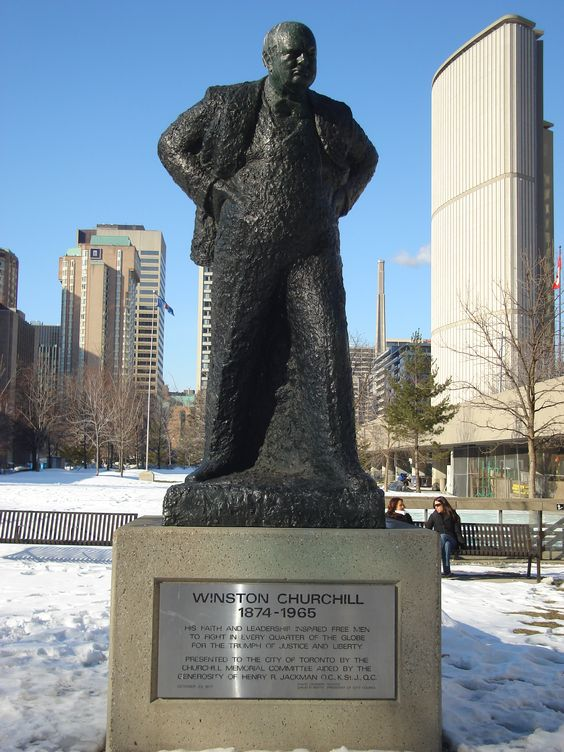 Statue in Toronto