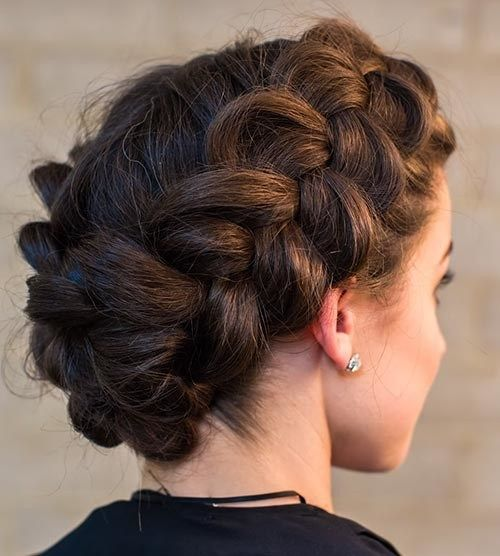 Beautiful Crown Braid Hairstyles With Images Quick Braided
