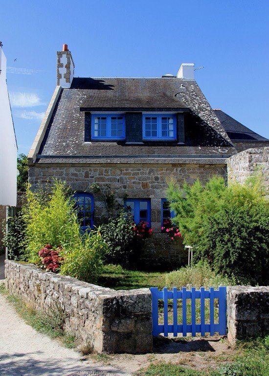 Maison bretonne everything french pinterest - Maison traditionnelle bretonne ...