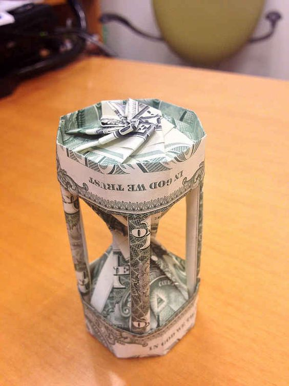 17 cleverest crafts made with money other money and art for Arts and crafts that make money