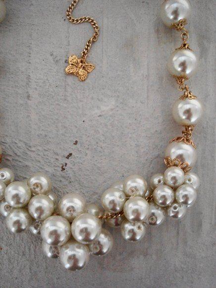 Pérolas para você se esbaldar de moda, estilo e design! Aproveite > http://www.airu.com.br/produto/417102/colar-louise-cod-c57