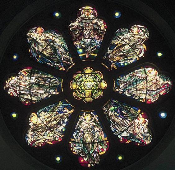 Розетка в Епископальной церкви Голгофы в Нью-Джерси