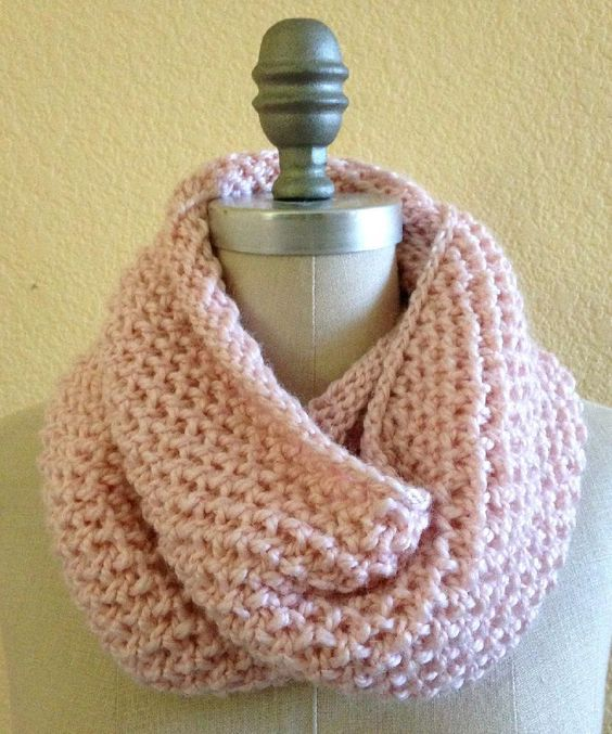 Knitted Cowl Pattern Using Bulky Yarn : Lael is a simple textured cowl worked in the round that looks great on either...
