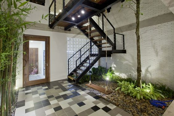 B House / i.House Architecture and Construction - stair