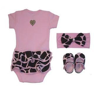 .: Kids Baby Shower, Giraffe Baby Showers, Baby Shower Ideas, Baby Gifts, Gifts For Girls, Future Kids, Baby Shower Gifts, Baby Girls, Baby Kids Stuff