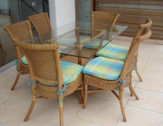 Comedor rattan con mimbre 6 sillas con coj n varios for Sillas de comedor de madera precios