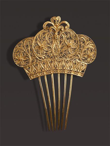 Accessoires de coiffure, peigne à cheveux, épingles, barrettes, tiares, couronnes, harkamm, peineta, pettini | Creative-museum