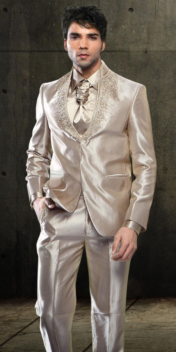 Beware the shiny suit. For some reason Hollywood types are wearing