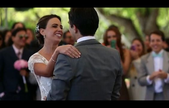 Must see this video of Pato and Tati's Real Wedding in Mexico- Jenny Packham Dress in action:-)