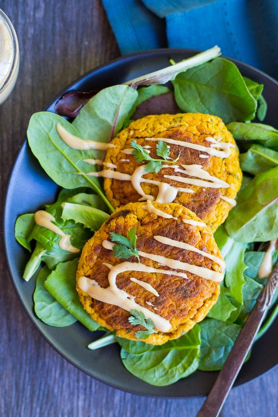 💙 Butternut Squash Falafel with Maple Tahini Sauce Testé & approuvé! La sauce est top!