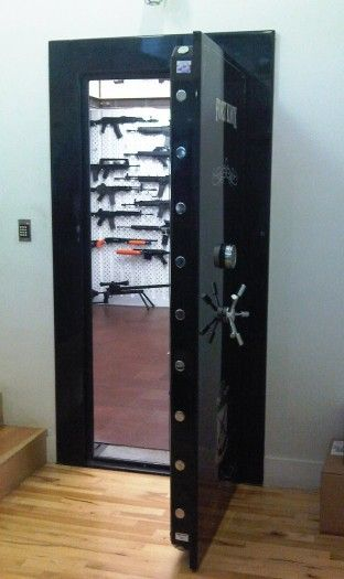 Gun room secret gun safe pinterest shoe closet for Walk in safe rooms