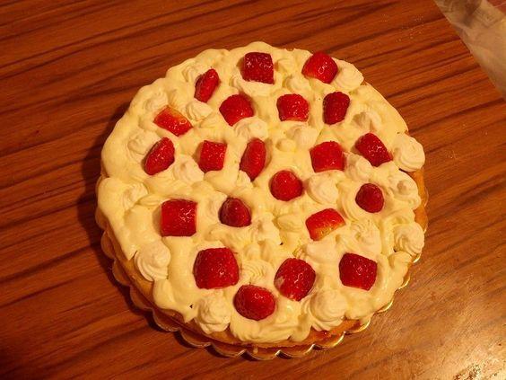 Lemon strawberry pie