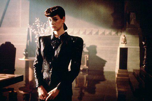 Rachel, date de mise en service inconnue... (Blade Runner, mélange baroque surréaliste (entre fiction et Vogue...)
