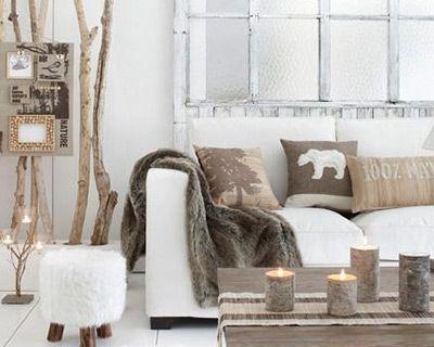 Cocooning avec ce salon esprit nordique en blanc et en bois