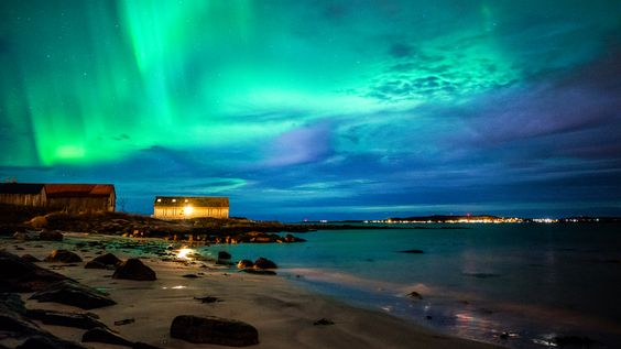 Auroras Boreales desde Giske, Noruega.-