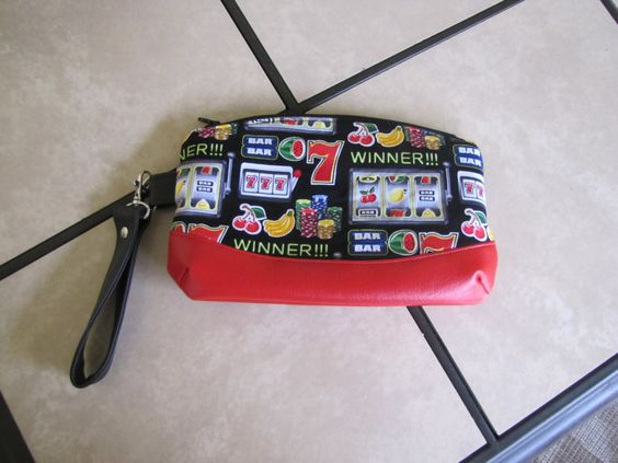 Black and Red Casino Wristlet by KanNDesignsForYou on Etsy