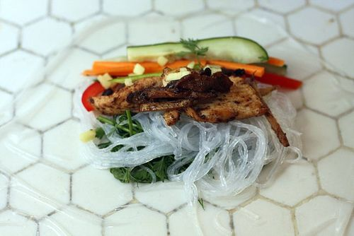 chicken and vegetable spring rolls | Good Eats! | Pinterest | Spring ...