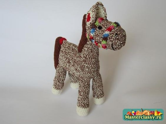 Knitted horse. The wizard with step by step photos ...