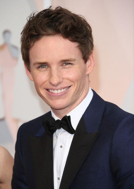 Here's the First Photo of Eddie Redmayne as a Transgender Painter in The Danish Girl  #InStyle