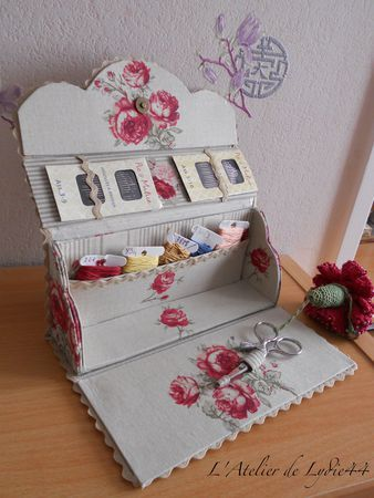 Diy trousse de couture cartonnage et xxx pinterest for Couture trousse