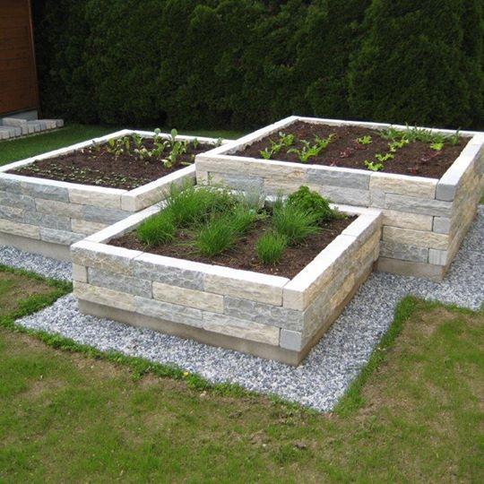 Hochbeet Naturstein In 2020 Natursteine Garten Hinterhof Garten Garten Hochbeet