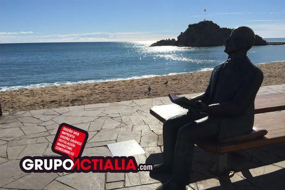 Estatua de Karl Faust en el paseo marítimo de Blanes. Grupo Actialia ofrece sus servicios en Blanes: Diseño Web, Diseño Gráfico, Imprenta, Márketing Digital y Rotulación. http://www.grupoactialia.com o Teléfono:  972.983.614