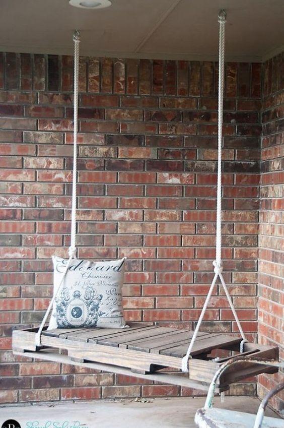 Maak zelf je eigen schommelbankje van een halve pallet - DIY - swing - garden - outdoor - tuin