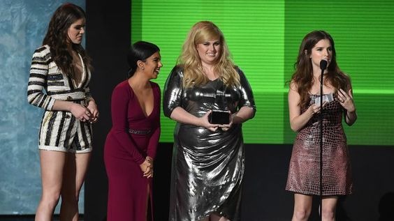Anna Kendrick at AMAs 2015: 'Pitch Perfect 2' Wins Top Soundtrack - Hollywood Reporter