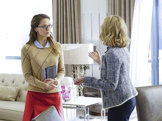 Still of Calista Flockhart and Melissa Benoist in Supergirl (2015)