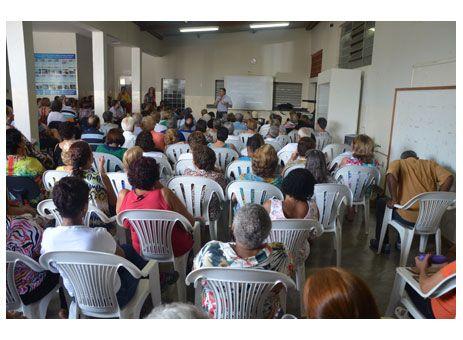 Unabem inicia atividades com palestra http://www.passosmgonline.com/index.php/2014-01-22-23-07-47/geral/4119-unabem-inicia-atividades-com-palestra