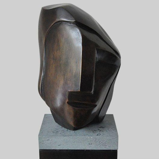 Ad van den Boom Sculptuur, Brons 45 cm x 35 cm x 35 cm Editie: 7 2014 € 4.400,-