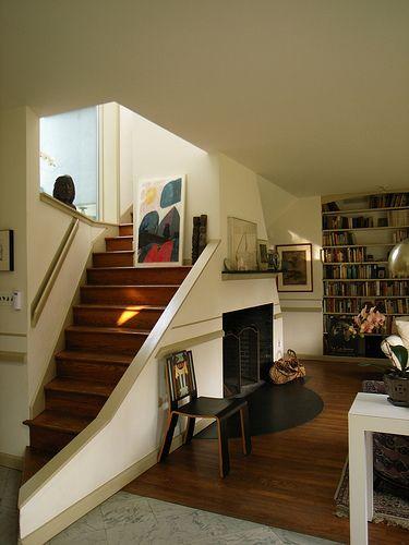 Vanna Venturi House - Robert Venturi Architect