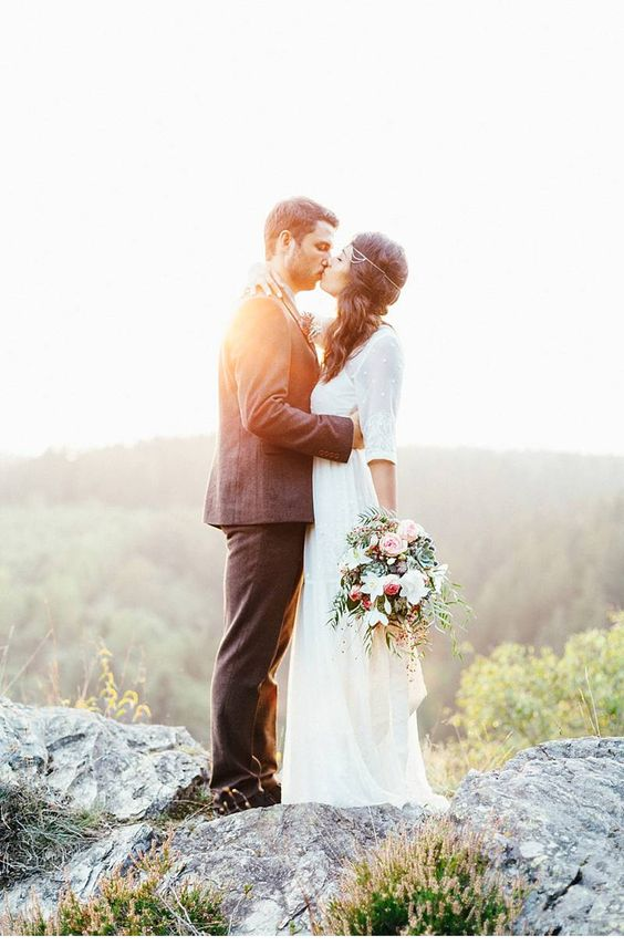 Dreamlike Mountainwedding, photo: Julia & Gil Photography